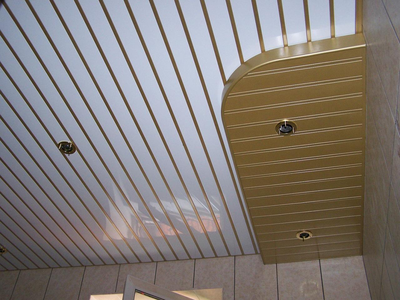 Реечный потолок 77